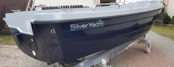 Boot 405 BASIC by SILVER YACHT