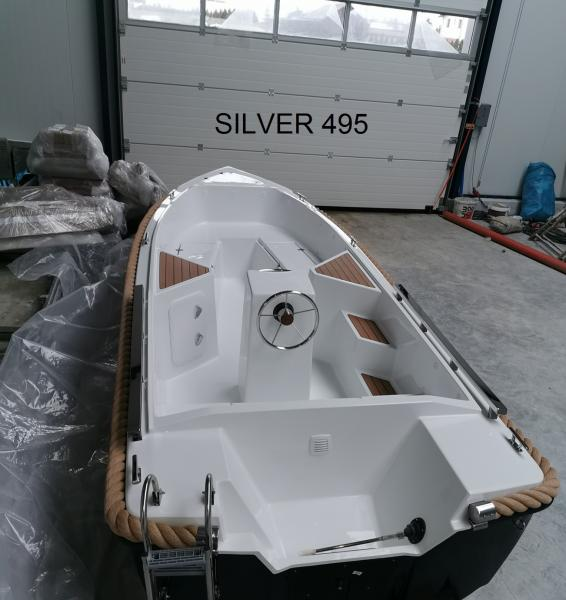 Boot 495 by SILVER YACHT